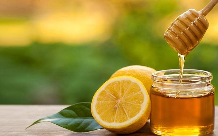 Trị thâm do mụn bằng mật ong