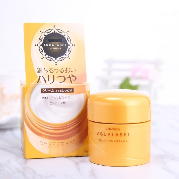 Kem dưỡng da Shiseido Aqualabel vỏ vàng
