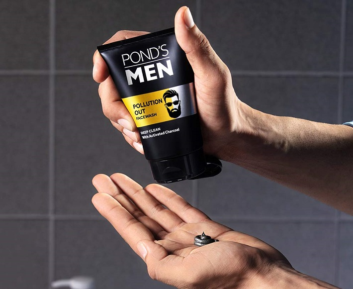 Sữa rửa mặt Pond's Men All In One Pollution Out Deep Cleanser